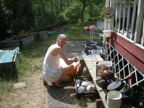 Utomhusdisk är väldigt mysigt, om man har en kran utomhus. Vilket jag tack gode gud, faktiskt har två stycken utav