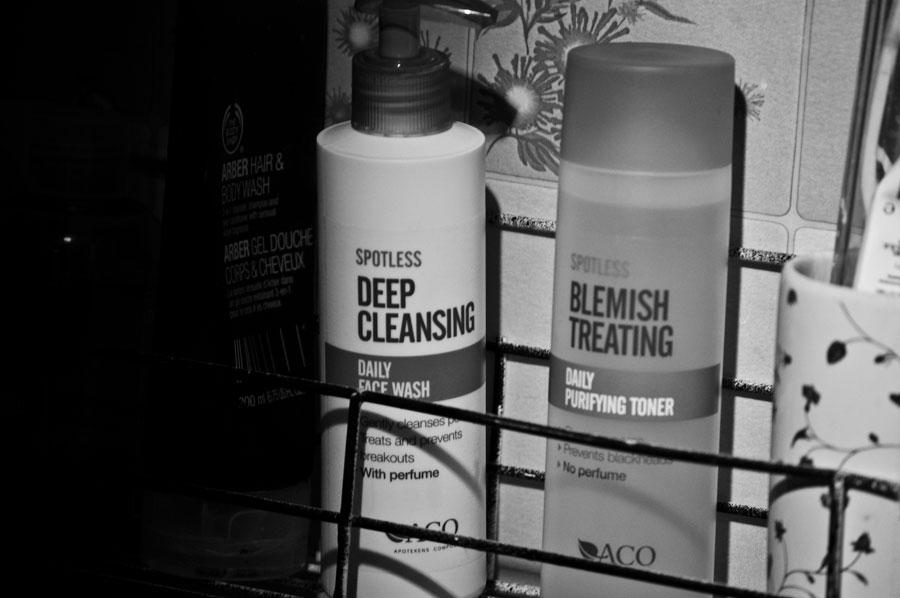 Spotless Deep Cleansing och Spotless Blemish Treating
