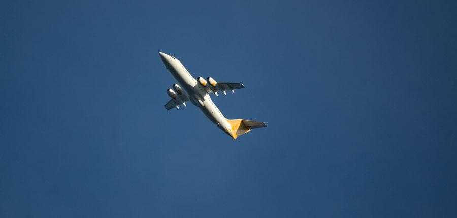 Dagens bild 1. Flygplan. 8e oktober 2011